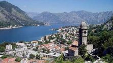 Wandering Cheapo: Climbing to the Top of Kotor