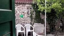 Wandering Cheapo: Garden Accommodation, Split