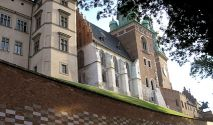 Krakow: Visit Wawel Royal Castle for free