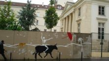 Paris: Street art exhibit and walking tour