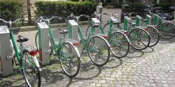 Rome: How to use the city's bike share program