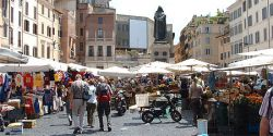 Tips for exploring Rome's outdoor markets