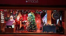 New York: Secrets to seeing the city's best Christmas windows