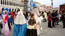 Venice: A Cheapo's guide to free Carnival events