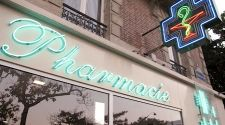 Paris: Take care of yourself at the neighborhood pharmacy