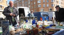 Paris: Dealers to meet at the Porte de Vanves flea market