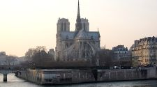 Paris: A Notre Dame walking (and reading) tour