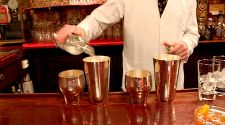 New York: A guide to tipping for foreign tourists