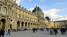 Paris: 7 tips for surviving the Louvre