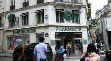 3 Paris Pharmacies That Sell French Beauty Products for Less