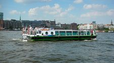Hamburg: Boat tours for every budget