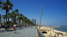 10 ways to celebrate summer in Barcelona: Festivals, beaches, and low-cost fun