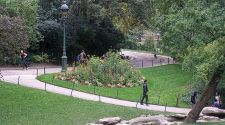Parc des Buttes Chaumont: A breath of fresh (and free) air in Paris
