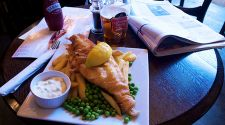 London Budget Eats: 5 classic British dishes to try