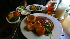 A London Pub Tradition: The Sunday roast