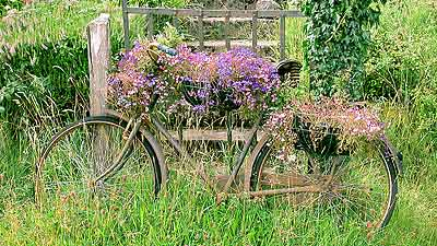 photograph of bicycle near Belleek Castle courtesy of bbdoyle