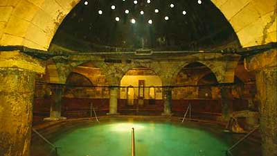 Our Favorite Budapest Baths EuroCheapo - The 5 best thermal baths in budapest