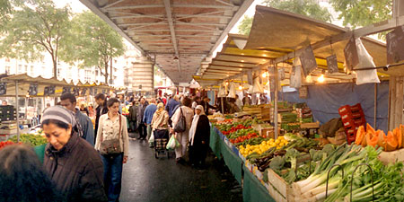 Paris shopping success at outdoor food markets eurocheapo for Outdoor food market
