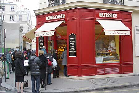 Lunchtime at a boulangerie in the Marais. Photo by Tom Meyers.