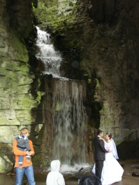 The waterfall at Parc des Buttes Chaumont