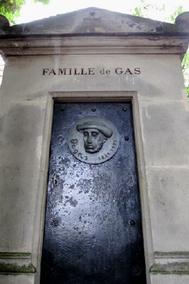 The tomb of the Degas (de Gas) family