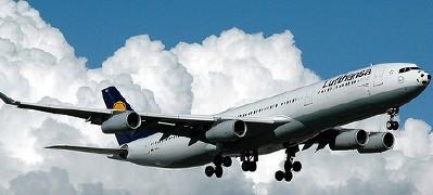 Lufthansa flies high; photo by caribb