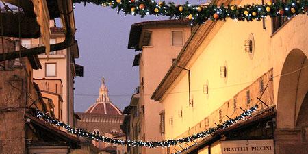Florence around the holidays. Photo by Simona83.