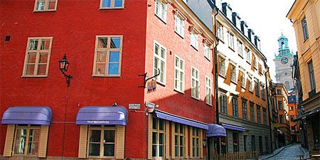 Buildings in Stockholm's Old Town. Photo by pntphoto.