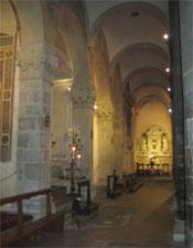 Inside the Chiesa di Santi Apostoli.