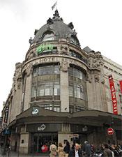 The Bazzar de l'Hôtel de Ville department store.