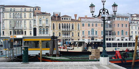 venice save on vaporetto tickets with a tourist travel card eurocheapo. Black Bedroom Furniture Sets. Home Design Ideas