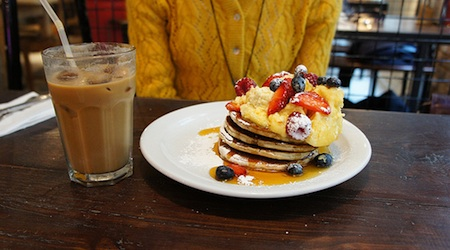 The Breakfast Club covers all the bases--and the line out the door proves it. Photo: Yukino Miyazawa