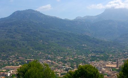 Looking down on Sóller from the train from Palma. Photos by T. Meyers