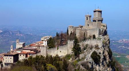 The capital of the Republic of San Marino on Mount Titano. Photos © hidden europe