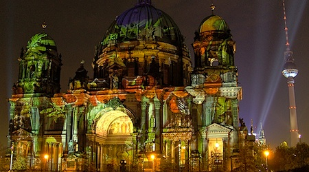The Berliner Dom and Alexanderplatz all lit up during the 2008 Festival of Lights. Photo: AnBerlin