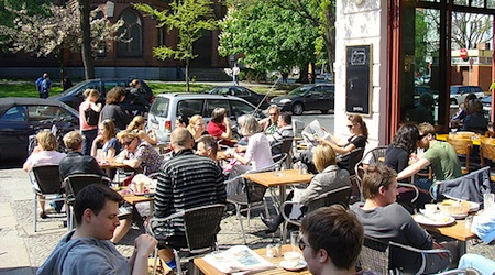 Prime outdoor seating at Gottlob in Schöneberg. Photo: Ya Po Guille