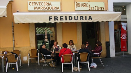 A freiduria in Cadiz. Photo © hidden europe