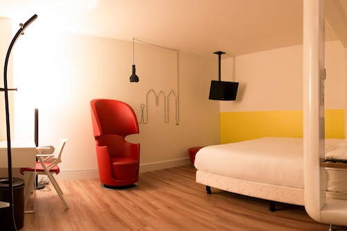 5 unique budget hotels in amsterdam for Hotel amsterdam cube