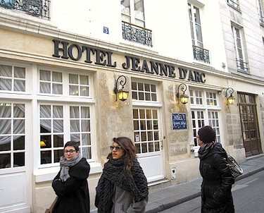 Hotel Jeanne d'Arc Paris