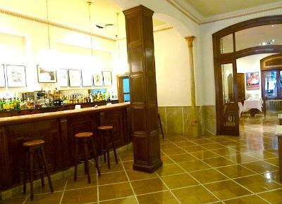 Astoria Hotel Bar