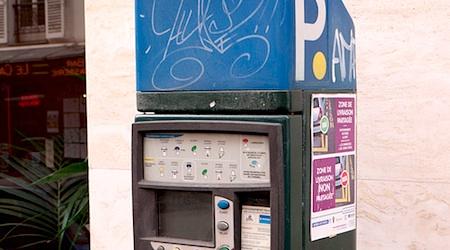Free parking in Paris
