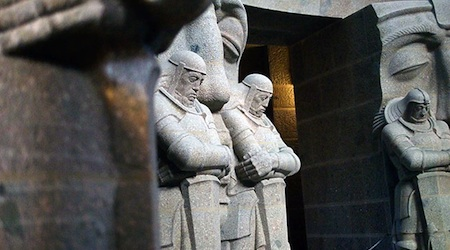 Inside the Monument to the Battle of Nations in Leipzig, where mourning knights stand in front of death masks. Photos © hidden europe magazine