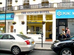 The Oxford offers quaint rooms near Hyde Park. Photo: EuroCheapo