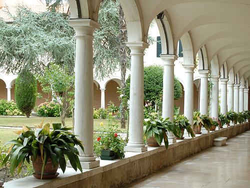 The peaceful monastery on San Lazzaro degli Armeni. Photo: Jean-Pierre Dalberra