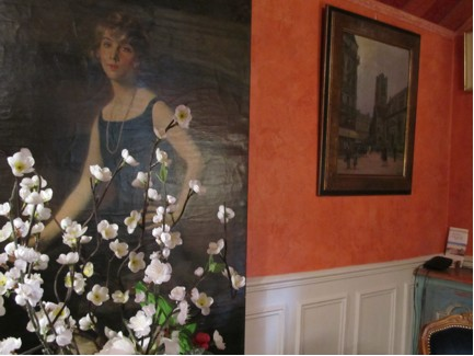 Hotel de Nice painting