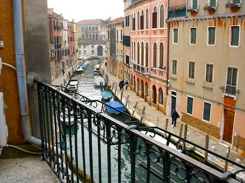 Rooms: 5 Budget Venice Hotels With Canal Views