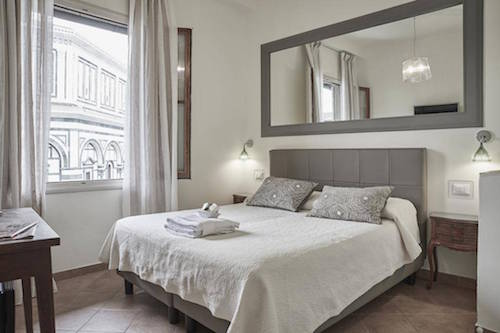 5 florence hotels near the duomo for under 100 eurocheapo for Firenze soggiorno