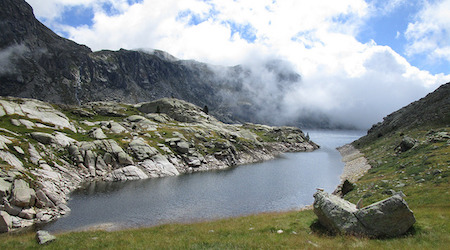 Across the pyrenees itinerary & map wilderness travel.