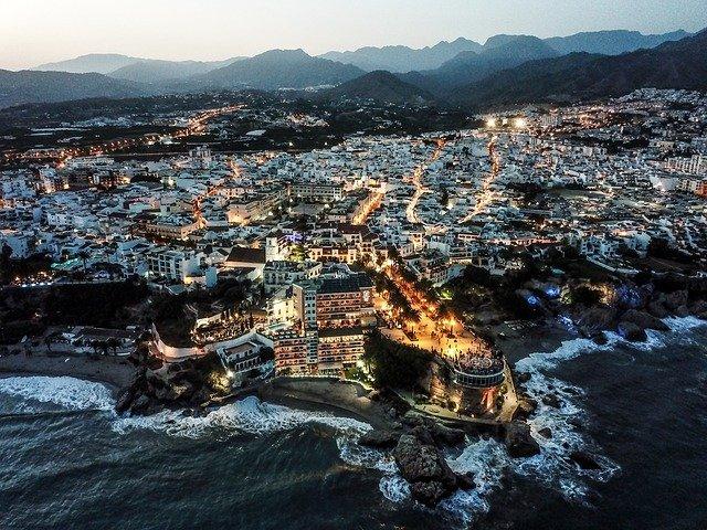 Malaga Budget Travel Guide - EuroCheapo.com