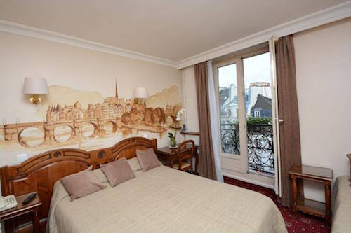 paris hotel deals 7 top rated hotels for under 110 in august eurocheapo. Black Bedroom Furniture Sets. Home Design Ideas